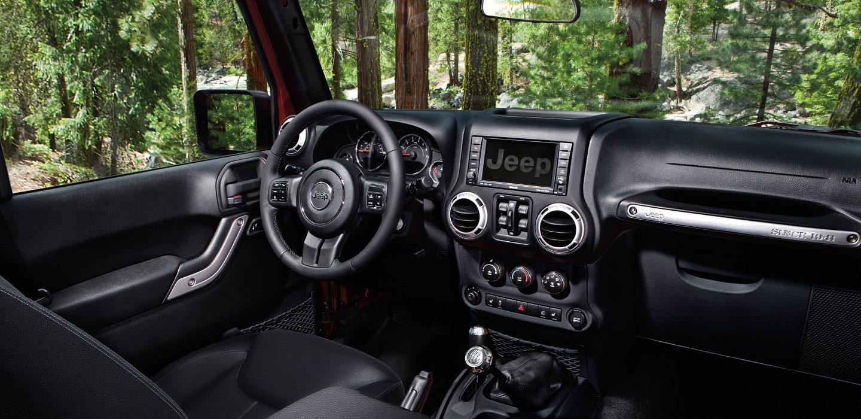 2017 Jeep Wrangler Unlimited Gallery Interior Dashboard