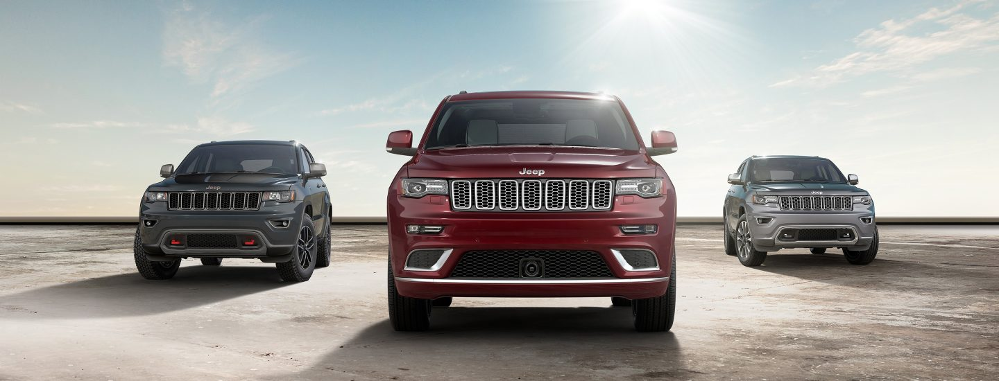 2017-Jeep-Grand-Cherokee-Exterior-Hero