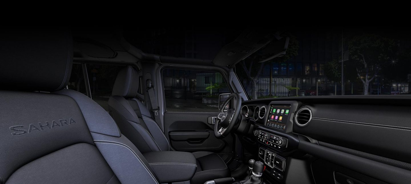 2019-Jeep-Wrangler-Interior-Hero