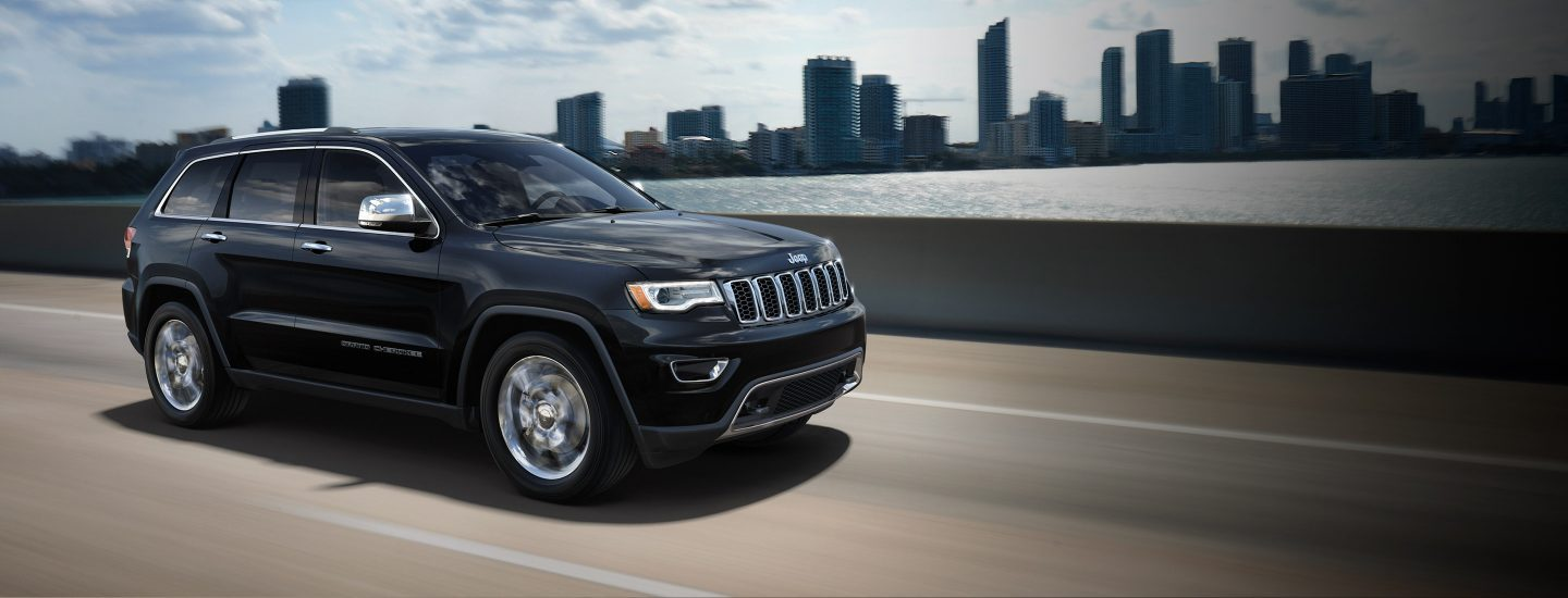 2017-Jeep-Grand-Cherokee-Hero-Best-In-Class-Standard-Fuel-Economy