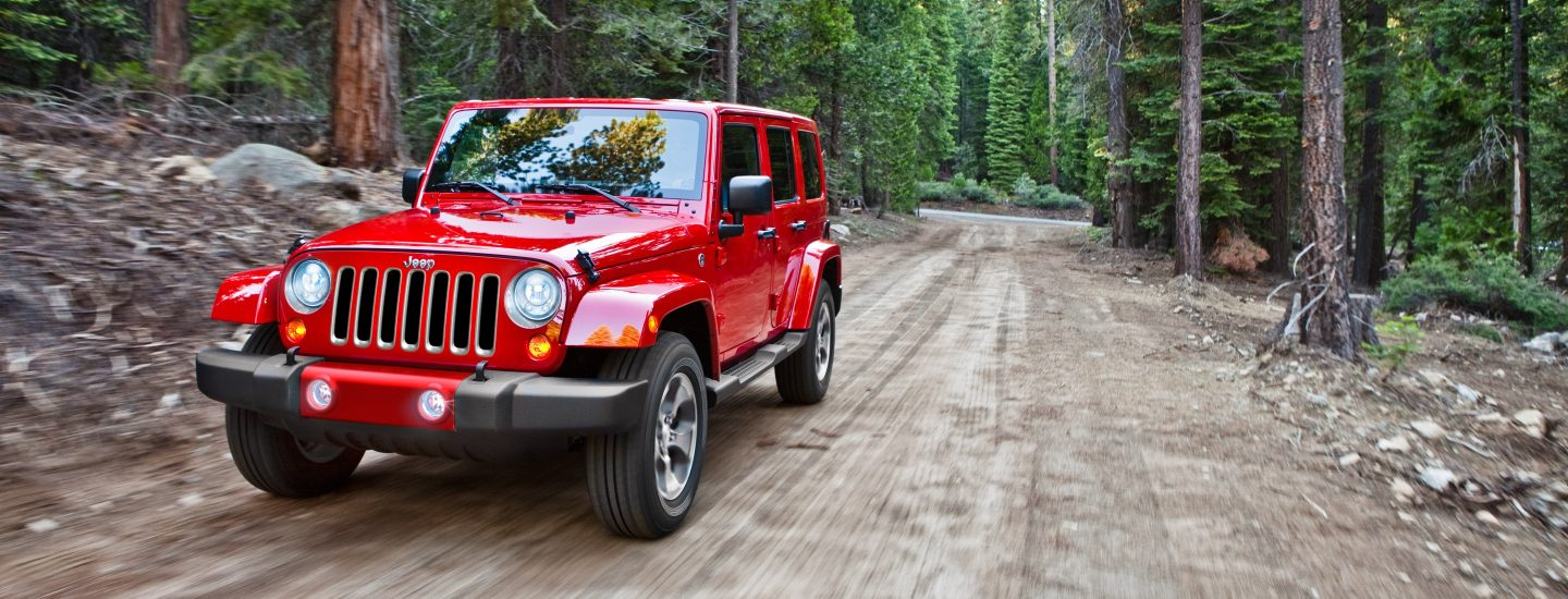 2017-Jeep-Wrangler-Unlimited-VLP-Hero-Sahara